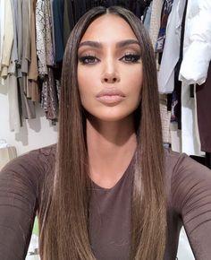 Kim Kardashian is an American actress, model, business woman and television producer. Kim Kardashian is 36 years old. Kim Kardashian's net capital for 2019 Brown Blonde Hair, Brunette Hair, Rich Brunette, Blonde Honey, Blonde Dye, Medium Blonde, Brunette Color, Hair Medium, Looks Kim Kardashian