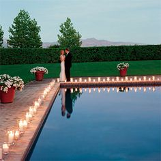 I want lots of candles and twinkling lights at my wedding.