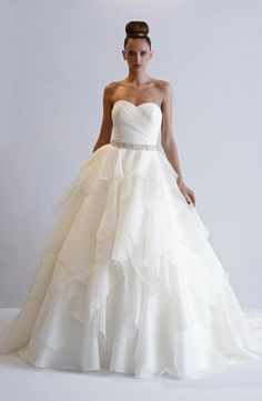 Bridal Gowns: Alita Graham A-Line Wedding Dress with Sweetheart Neckline and Natural Waist Waistline