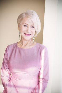 英国が誇る舞台女優にして、ロシア貴族の子女、そして映画界の大スター。なのに、Fワードで若者を叱ったり、物議を醸したポルノ映画に出演するなど、豪傑としても知られるデイム・ヘレン・ミレンにインタビュー!