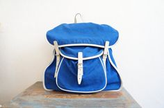 Vintage Canvas Backpack / Blue Canvas by valleydollsvintage, €59.00
