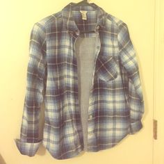 Blue Flannel shirt Nice blue flannel button up with stripes on inside Forever 21 Tops Button Down Shirts