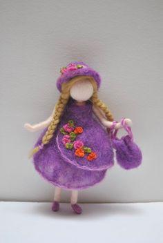 Suave muñeca Waldorf inspiradora aguja fieltro por MagicWool