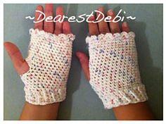 Ravelry: Fingerless Gloves pattern by Debi Dearest