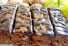 Recept na Hrníčkový medový perník Just Desserts, Dessert Recipes, Eastern European Recipes, Sweet Bakery, Spice Cake, Cake Toppings, Yummy Cookies, Sweet Recipes, Sweet Tooth