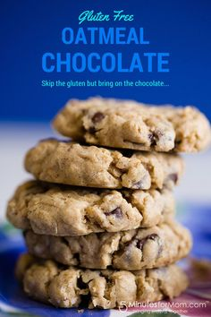 Gluten Free Oatmeal Chocolate Chip Cookies #Recipe #GlutenFree