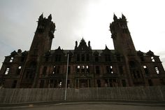Gartloch Lunatic Asylum ... Wow, this really is creepy: Victorian-era lunatic asylums were typically foreboding structures. But Gartloch Hospital in Glasgow took this to the extreme. It looks like the setting of a Gothic Horror Film. http://www.flickr.com/photos/brickman_photos/5228996656/