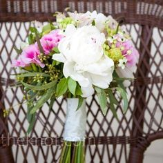 Bouquet idea- white with shades of pink and greenery