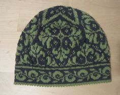 My first fair isle knitting project, completed 01/03/2012 :-D