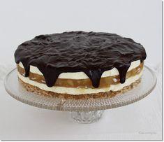 Gizi-receptjei: Diós-vaníliakrémes körtetorta. Tiramisu, Ethnic Recipes, Cakes, Dios, Sweet Treats, Mudpie, Cake, Pastries, Pies