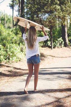 Surf :: Ride the Waves :: Free Spirit :: Gypsy Soul :: Eco Warrior :: Surf Girls :: Seek Adventure :: Summer Vibes :: Surfboard Design + Style :: Free your Wild :: See more Untamed Surfing Inspiration Surfer Girls, Summer Dream, Summer Of Love, Vans Old Skool, Surf Mar, Surfergirl Style, Style Surfer, Surf Style, Adrette Outfits