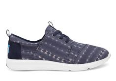 The Del Reys take the sneaker in a different direction. Featuring a navy batik print and a lightweight sole, they're the perfect go-to sneaker for those with a distinct sense of style.