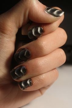 How to Apply Magnetic Nail Polish via www.wikiHow.com