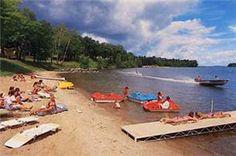 Huddle's Resort - Leech Lake Resort - Walker MN