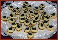 Obrazek Meringue Cookies, Macaroons, Mini Cupcakes, Doughnut, Easter, Desserts, Christmas, Recipes, Food