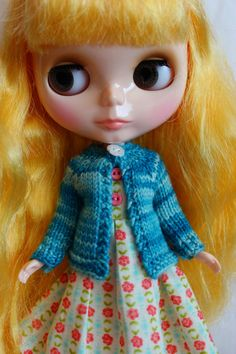 Hey, I found this really awesome Etsy listing at https://www.etsy.com/listing/167395396/blythe-doll-hand-knit-wool-cardigan