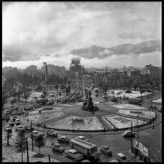 #chile #santiago #providencia #plazaitalia Cerro Santa Lucia, San Diego, Geography, Paris Skyline, To Go, Street View, City, Places, Travel