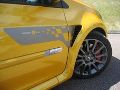 Renault Clio Renaultsport 197 R27 F1 Team by Steve Coulter Performance Cars.