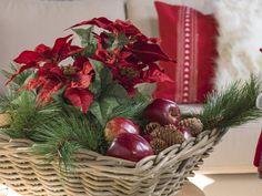 Jul 2015 Skeidar Christmas Wreaths, Holiday Decor, Home Decor, Decoration Home, Room Decor, Home Interior Design, Home Decoration, Interior Design