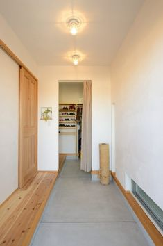 Exterior Design, Interior And Exterior, Natural Interior, Japanese House, House 2, Shoe Closet, Entrance, Kitchen Decor, Kids Room