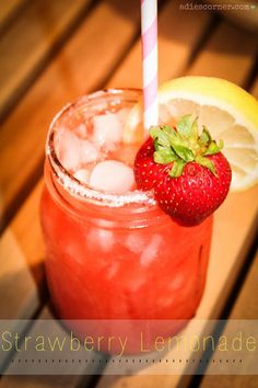 Homemade Strawberry Lemonade Recipe! - the perfect drink for your next party or hot summer day! #recipes