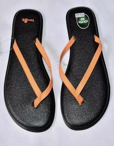 7872223d6 SANUK Yoga Bliss Sandal Flip Flops size 9 NEW Shoes Sandals Black Orange
