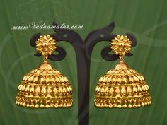Diamond Jhumkas, Gold Jhumka Earrings, Gold Bridal Earrings, Indian Earrings, Gold Plated Earrings, Indian Jewelry, Pearl Earrings, Gold Ring Designs, Gold Earrings Designs
