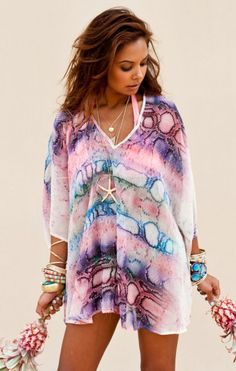Show Me Your MuMu Shook Tunic in Rainbow Python