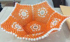 Fruit plate Beaded Bracelets Tutorial, Earring Tutorial, Loom Patterns, Beading Patterns, Bead Bowl, Fruit Plate, Beaded Crafts, Sansa, Acrylic Beads
