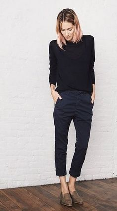 I need pants like these. They're so simple but hard to find!