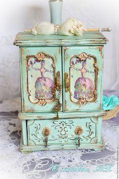 Купить или заказать Мини Шкафец 'Антуанетта' Мятный. в интернет-магазине на…