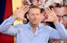 Escolhido o guarda-costas de Christian Grey na adaptação de 50 Tons de Cinza http://glo.bo/1iSU2KG
