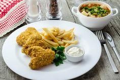 Lunchbox - self-service restaurant Chicken Wings, Lunch Box, Restaurant, Meat, Food, Diner Restaurant, Essen, Bento Box, Meals