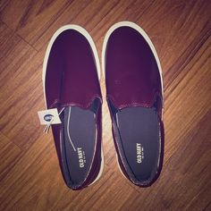 DARK WINE BURGUNDY SLIP ON SNEAKER New never worn with tags . Women's size 9 . Dark wine leather slip on sneaker Old Navy Shoes Sneakers