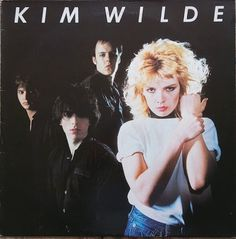 KIM WILDE Kim Wilde UK vinyl LP from the singing daughter of Marty including her classic radio favourite Kids In America glossy picture sleeve. Italo Disco, Kim Wilde, Pop Albums, Rare Vinyl Records, 80s Pop, Pochette Album, The New Wave, 80s Music, Pop Singers