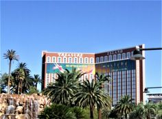 So Much Fun at Treasure Island Hotel and Casino, Las Vegas Treasure Island Hotel, Months In A Year, Las Vegas, Fair Grounds, Vacation, Travel, Vacations, Viajes, Last Vegas