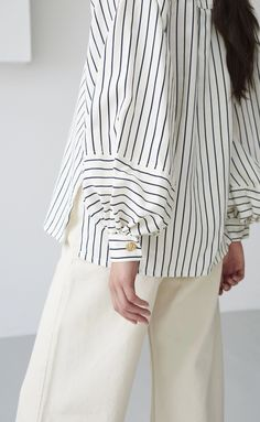 Stylish Clothes For Women, Stylish Outfits, Dress Shirts For Women, Blouses For Women, Spring Blouses, Sewing Shirts, Work Chic, Style Casual, Tea Length Dresses