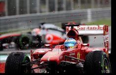 Fernando Alonso (ESP) Ferrari F138 crashes out of the race. Formula One World Championship, Rd2, Malaysian Grand Prix, Race, Sepang, Malaysia, Sunday, 24 March 2013
