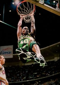 Shawn Kemp after a monstrous dunk. National Basketball League, Basketball Leagues, Basketball Pictures, Basketball Legends, Sports Basketball, Sports Pictures, College Basketball, Basketball Players, Sports Images