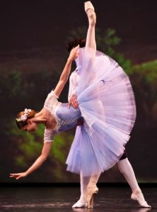 Evgenia Obraztsova and Joseph Michael Gatti in Giselle at Dance Open 2013. Photo by Stanislav Belyaevsky