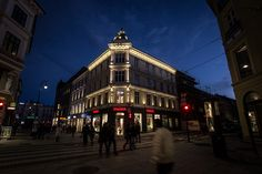 Karl Johans gt. 6 façade – Oslo, Norway – Lighting products: iGuzzini…
