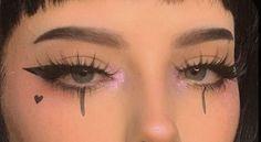 - Make - up - (🎱 ) 𝚌𝚘𝚜𝚖𝚒𝚌 𝚐𝚘𝚝𝚑༉‧₊. - - - Make - up - (🎱 ) 𝚌𝚘𝚜𝚖𝚒𝚌 𝚐𝚘𝚝𝚑༉‧₊˚✧ Edgy Makeup, Makeup Eye Looks, Makeup Goals, Pretty Makeup, Makeup Inspo, Makeup Art, Makeup Inspiration, Grunge Eye Makeup, Grunge Makeup Tutorial