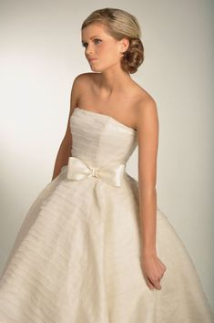 Bow Beautiful for Brides | OneWed