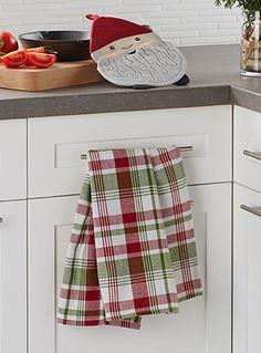 Un design canadien signé Danica chez Simons Maison. Un duo ludique pour la cuisine avec son tire-plat nain de jardin et son linge à vaisselle coordonnée au motif de carreaux campagnards. Ensemble de 2 par emballage. Dimensions Tire-plat : 19x26 cm Linge à vaisselle : 46x71 cm Dish Towels, Tea Towels, Loom Weaving, Hand Weaving, Weaving Projects, Color Studies, Weaving Patterns, Weaving Techniques, Cotton Towels