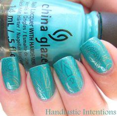 40 Vivid Turquoise Nail Designs #naildesignideaz #naildesign #nailart #turqoisenaildesign #turqoisenails ♥ If you enjoyed my pin, pls visit us at http://naildesignideaz.com/ ♥