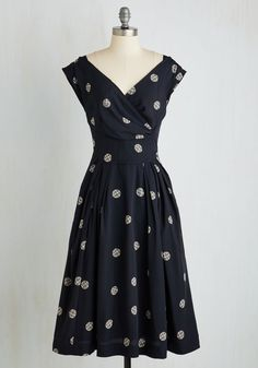 Keener Postures Dress in Navy Dots. Fashion yourself in this deep navy midi by Emily and Fin, and you'll find yourself standing with sophistication! #blue #modcloth