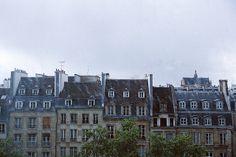 -- Rainy Paris / photo by Silvia Conde Rainy Paris, Paris Snow, Paris At Night, Wonderful Places, Beautiful Places, Tour Eiffel, Outdoor Cafe, World View, France