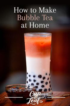 You don't have to head to a fancy tea shop to get your hands on bubble tea. We will teach you how to make bubble tea right in your own kitchen without a lot of hassle or ingredients. Milk Tea Recipes, Iced Tea Recipes, Fruit Tea Recipes, Boba Tea Recipe, Matcha Bubble Tea Recipe, Boba Smoothie, Smoothies, How To Make Bubbles, Boba Drink