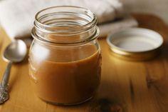 Cu o aroma complexa si surprinzatoare caramelul sarat aduce un plus de savoare preparatelor in care il folosesti. Este la fel de usor de facut precum un caramel simplu, dar are un gust aparte care va face deserturile tale sa iasa in evidenta.