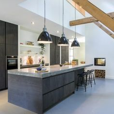 Contemporary style kitchen designs are among the methods to go. You do not require a complicated kitchen so it will be stick out, just some unique designs that can make your kitchen area the envy of the neighbors. Home Decor Kitchen, Concrete Kitchen, Modern Kitchen, Kitchen Countertops, Contemporary Kitchen, Concrete Countertops Kitchen, Home Kitchens, Kitchen Styling, Kitchen Design